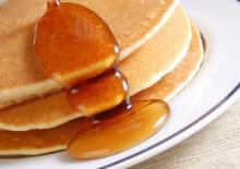 Παιδικές τηγανίτες με μέλι ή μαρμελάδα