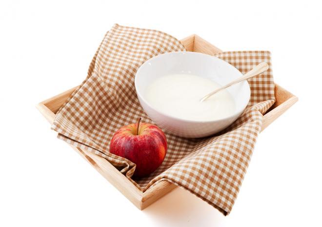 Γιαούρτι με μήλο